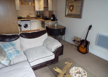 1 bed flat for sale in Breakwater House, Ferry Court, Cardiff, Caerdydd CF11