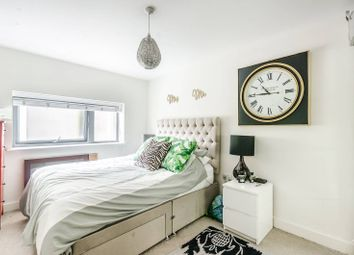 Thumbnail 1 bed flat for sale in Clapham Park Road, Clapham