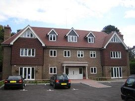Thumbnail 2 bed flat to rent in London Road, Sunningdale