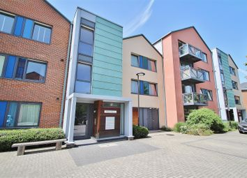 1 bed flat for sale in Warren House, Union Lane, Isleworth TW7
