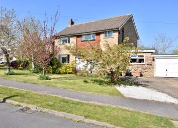 Green Way, Bookham, Leatherhead KT23. 3 bed detached house for sale