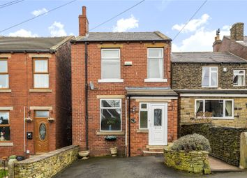 Out Lane, Emley, Huddersfield HD8. 3 bed detached house for sale