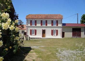 Thumbnail 2 bed property for sale in Nr Arzacq Arraziguet, Pyrenees Atlantiques
