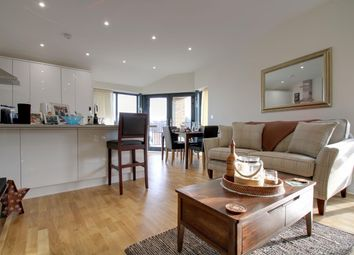 Thumbnail 3 bed flat for sale in Lind Road, Sutton