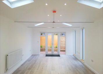 Thumbnail Studio to rent in New Road, Sawston, Cambridge