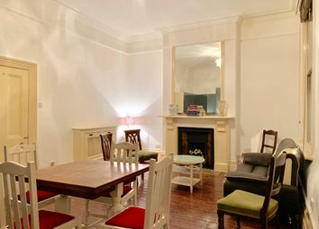 Thumbnail 1 bed flat to rent in Earl'S Court Road, Kensington