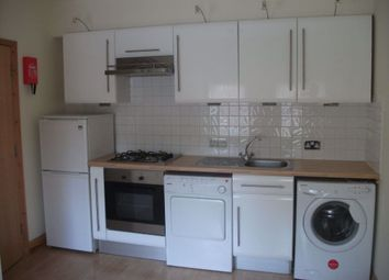 Thumbnail 1 bed flat to rent in 1 Bedroom Flat, Oxford Road, West Reading