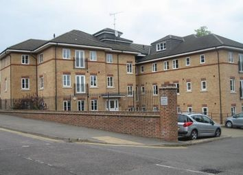 Thumbnail 2 bed flat to rent in Smeathman Court, Heath Lane, Hemel Hempstead, Hertfordshire
