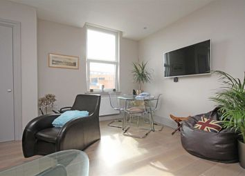 Thumbnail 1 bed flat to rent in The Quadrant, Richmond