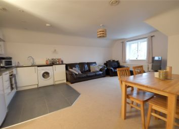 Thumbnail 2 bed flat to rent in Bonehurst Road, Horley, Surrey