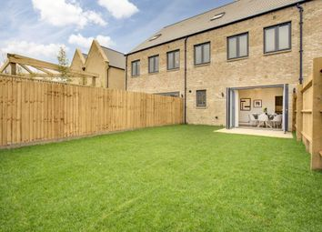 Thumbnail 3 bed terraced house for sale in 14 Baynhams Drive, Oxford