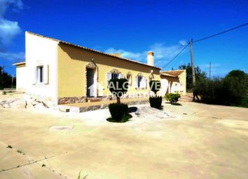 Thumbnail 6 bed villa for sale in Moncarapacho, Moncarapacho E Fuseta, Algarve