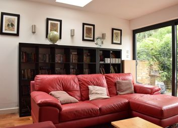 Thumbnail 2 bed flat to rent in Braxfield Road, Lewisham, London
