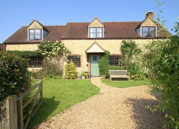 Thumbnail 3 bed detached house for sale in The Laurels, Stadhampton, Oxford