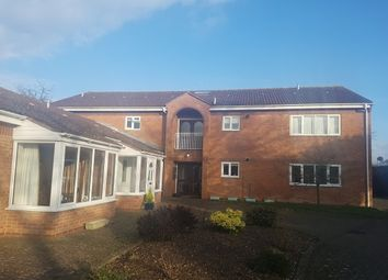 Thumbnail 2 bed flat to rent in Middle Road, Aylesbury