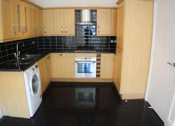 Thumbnail 2 bedroom flat for sale in Croydon Road, Caterham