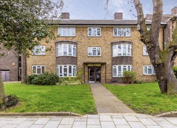 2 bed flat for sale in Roupell Road, London SW2