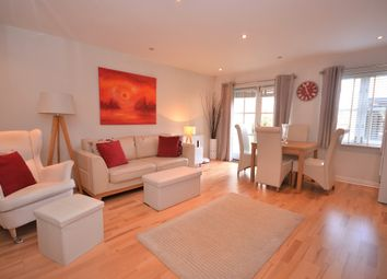 Thumbnail 2 bed flat for sale in Dukes Court, Lordship Lane, East Dulwich, London