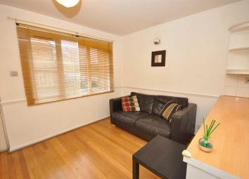 1 bed maisonette to rent in Ruskin Way, Colliers Wood, London SW19