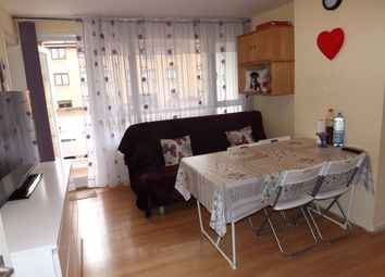 Thumbnail 1 bedroom flat to rent in Outram Road, Addiscombe, Croydon