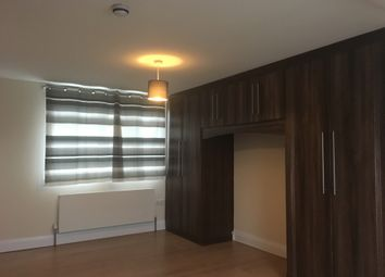 Thumbnail 1 bed flat to rent in Chaucer Avenue, Cranford, Hounslow