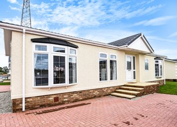 Thumbnail 2 bed mobile/park home for sale in Elm Way, Wickford