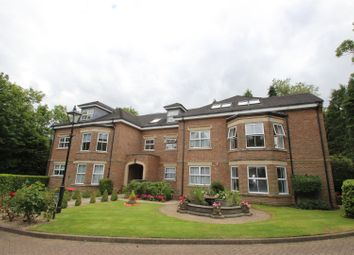 Thumbnail 2 bed flat to rent in The Laurels, Bushey Heath