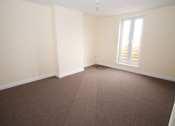 2 bed flat to rent in Elizabeth Street, Swinton, Manchester M27