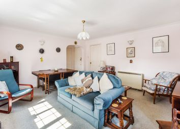 Thumbnail 1 bedroom flat for sale in West Hill, Oxted