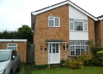 Thumbnail 4 bed detached house to rent in Stafford Close, Taplow, Buckinghamshire