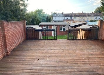 4 bed end terrace house to rent in Quebec Road, Ilford IG2