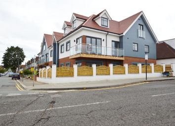 Thumbnail 1 bed flat for sale in London Road, Leigh On Sea, Essex