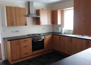 Thumbnail Room to rent in Ashlea Development, Stalybridge, Ashton Under Lyne