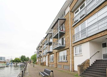 Thumbnail 1 bed flat for sale in Rainbow Quay, London