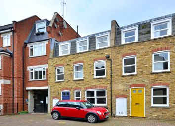 Thumbnail Parking/garage to rent in Barnard Mews, Clapham Junction