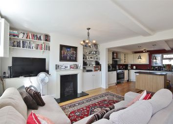 Thumbnail 3 bed flat to rent in South Street, Isleworth