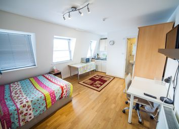 Thumbnail 1 bed flat to rent in Cromwell Road, Gloucester Road