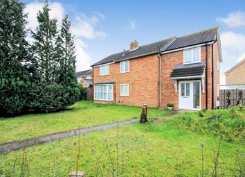 3 bed property for sale in Chantry Road, Aylesbury HP19
