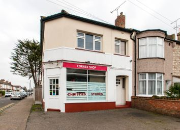 Thumbnail 2 bed duplex for sale in Arnold Avenue, Southend-On-Sea
