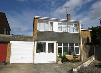Thumbnail 5 bed detached house for sale in Stuart Close, Great Wakering, Southend-On-Sea