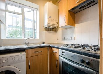 Thumbnail 2 bed flat to rent in Cornwall Road, Southwark