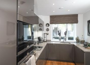 Thumbnail 4 bed property to rent in Peabody Estate, St. John's Hill, London