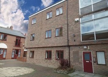 Thumbnail 2 bed flat to rent in Friars Lane, Lincoln