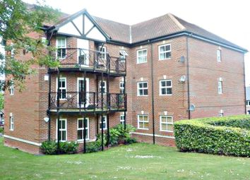 Thumbnail 2 bedroom property to rent in Shrubbery Close, High Wycombe