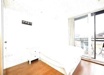 Thumbnail 2 bed flat to rent in Shore Road, Hackney, London