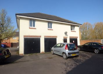 Thumbnail 2 bed flat to rent in Woodhouse Road, Swindon