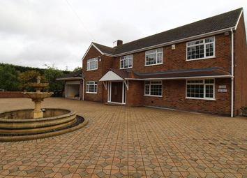 Thumbnail 4 bed detached house to rent in Netherhall Road, Roydon, Harlow