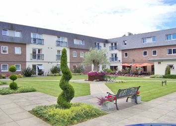 Thumbnail 2 bed flat to rent in Clyne Common, Swansea