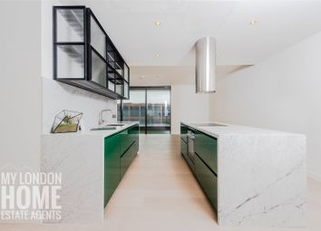 Thumbnail 2 bed flat for sale in The Wardian, East Tower, Marsh Wall, Canary Wharf