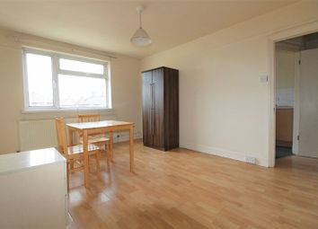 Thumbnail 1 bed flat to rent in The Roundway, Tottenham